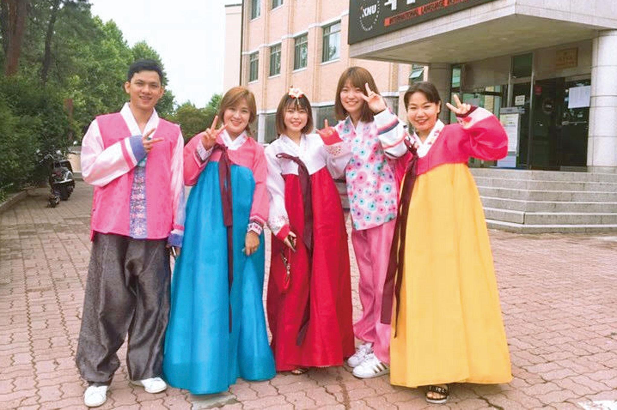 韓国語が飛び交う環境で学びたくて。留学が、私の視野を広げた